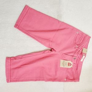 Levi's pink shorts NWT